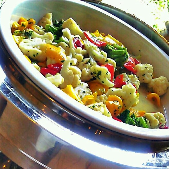 Steamed California Vegetable Mix - Cafe on the Green at the Four Seasons Dallas, Irving, TX