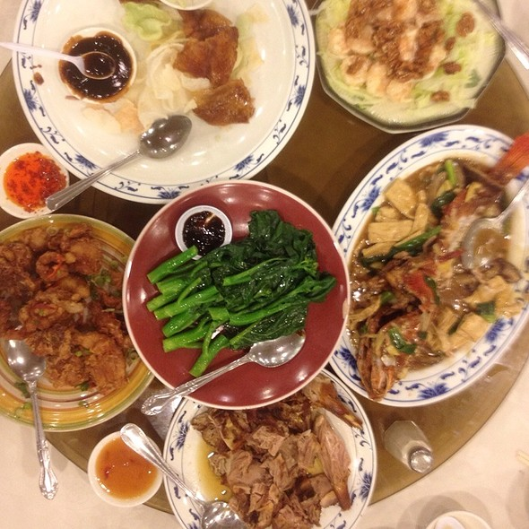 Chinese Food @ Diamond Palace Chinese Seafood Restaurant