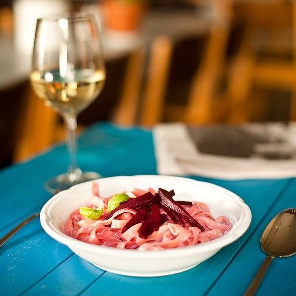 Tagliatelle With Beet And Mozzarella Or Goat Cheese