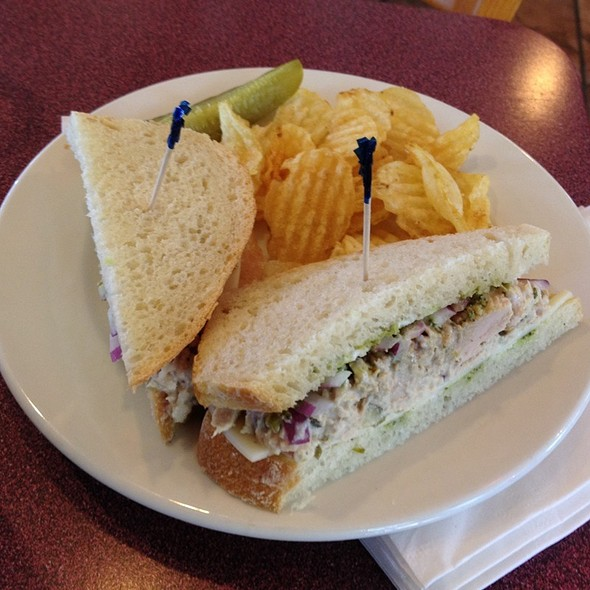 Oh! Tuna Sandwich @ Walden's Coffeehouse