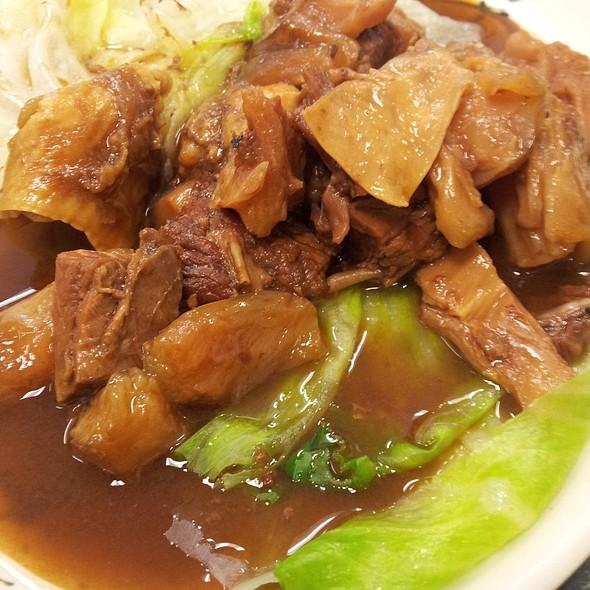 Tendon and Beef Brisket @ Wonton Noodle House