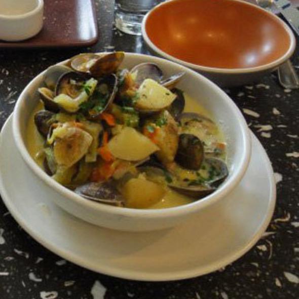 Clam Chowder @ Hog Island Oysters