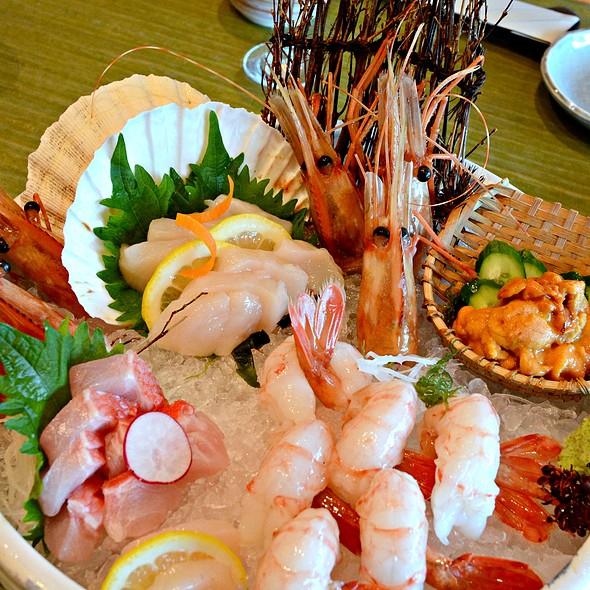Sashimi Platter @ 嵯峨野 Sagano