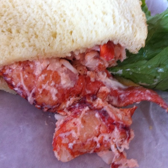 Lobster Roll (Sandwich) @ Panera Bread