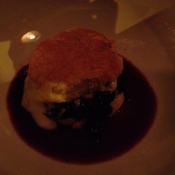 Berry Shortcake @ Jeffrey's Grocery