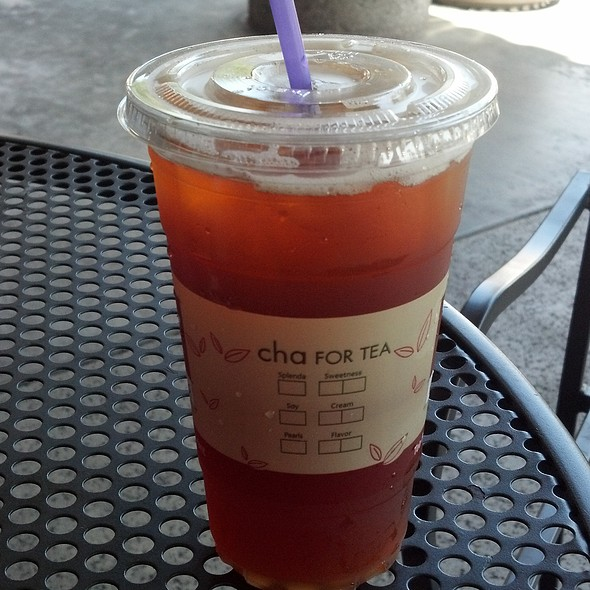 Peach Black Tea @ Cha For Tea