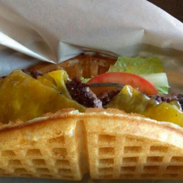 Bruxie Burger