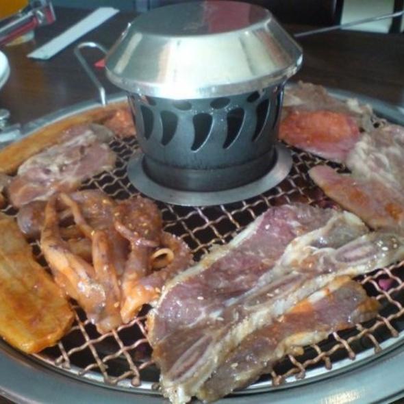 cora charcoal barbecue restaurant korean bbq buffet. Black Bedroom Furniture Sets. Home Design Ideas