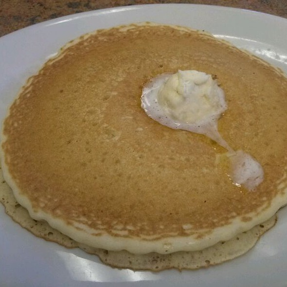 pancakes @ Bajis' Down the Street Cafe