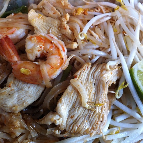Pad Thai Country Style