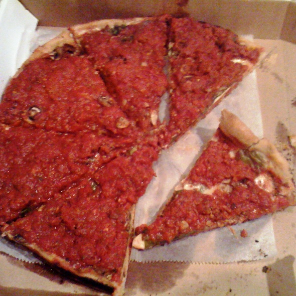 Deep Dish Pizza @ Cappys Pizzeria