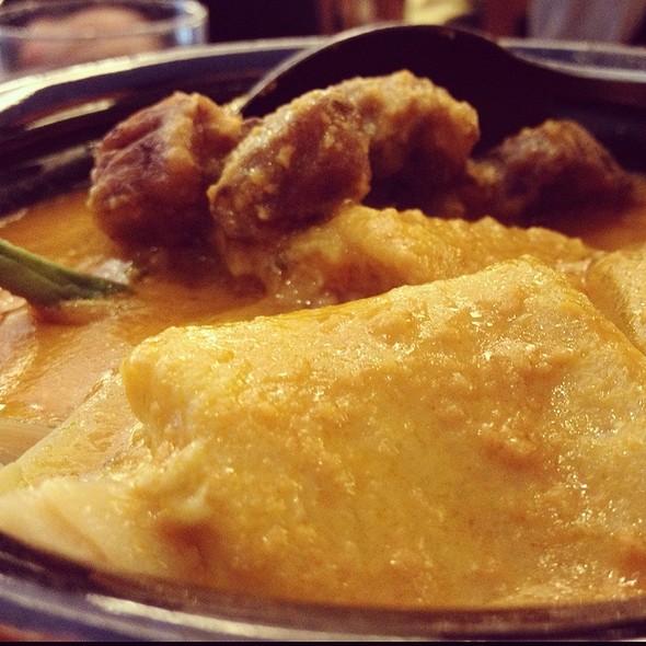 Kare-Kare @ max's restaurant