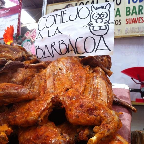 Conejo A La Barbacoa @ Mercado Portales