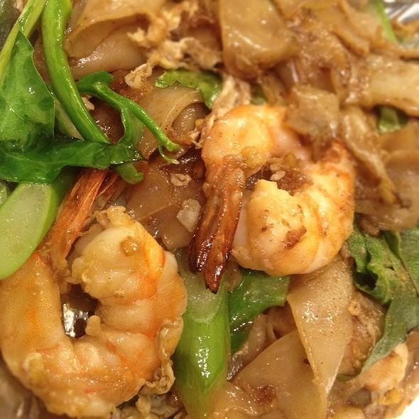 Shrimp Pad See Ew
