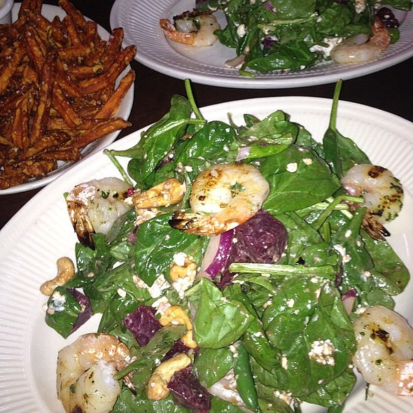 #spinach & #shrimp #salad #luxe #birmingham #michigan