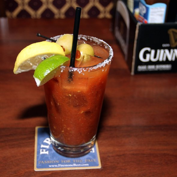 Spicy Bloody Mary @ de Vere's Irish Pub