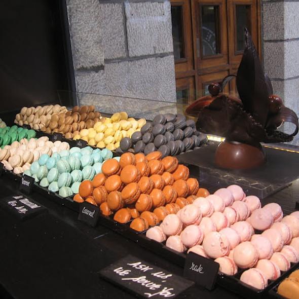 Macarons @ La Maison Georges Larnicol