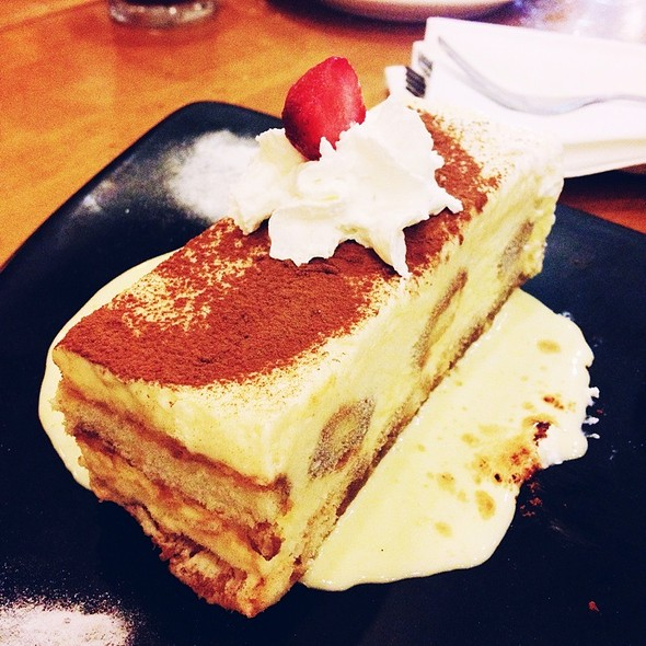 Tiramisu @ California Pizza Kitchen - Greenbelt 5