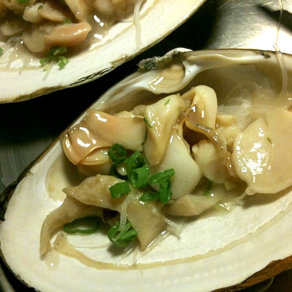 Giant Clam With Noodles @ Buffet Fortuna