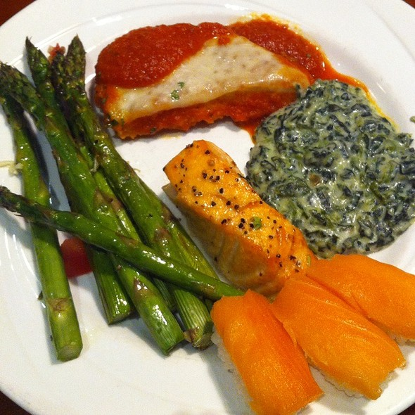 Chicken Parm & Salmon @ the Buffet at Valley View Casino