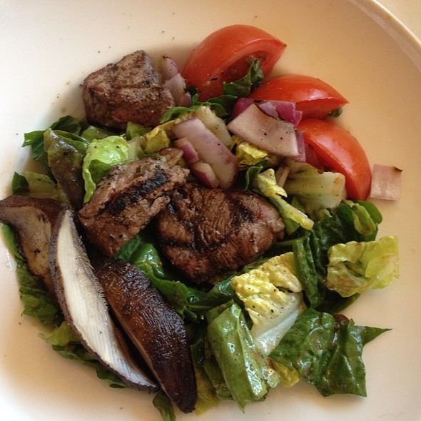 Tenderloin Steak Salad - El Gaucho - Bellevue, Bellevue, WA