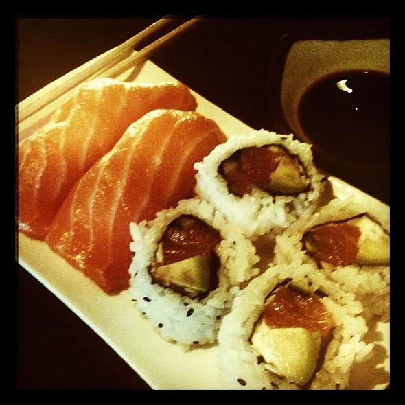 #sushi  porn @ Dami Japanese Restaurant