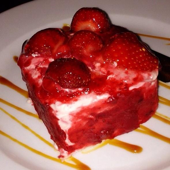strawberry shortcake @ Cafe Ysabel