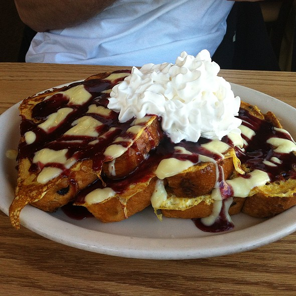 French Toast @ Broken Egg