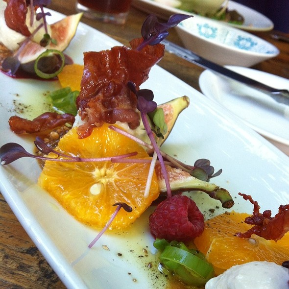 Fresh Figs With Blue Cheese, Prosciutto, Raspberries And Oranges @ Caiola's