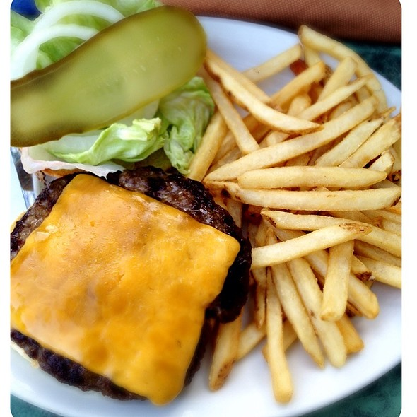Duffs Cheese Burger @ Duff's Famous Wings