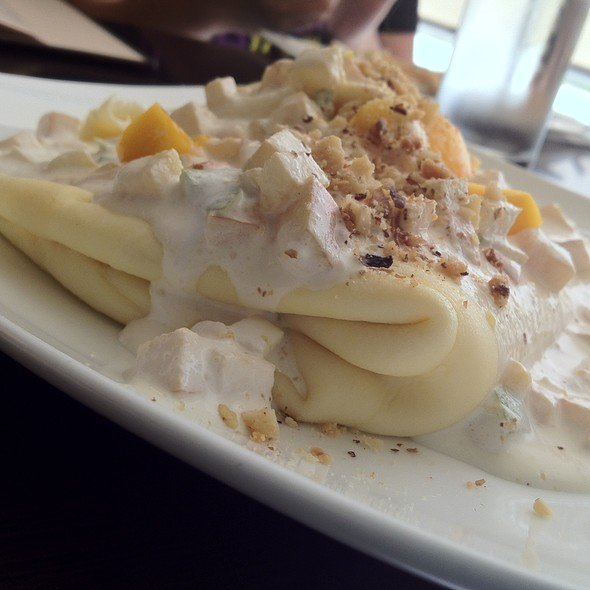 Frey White Chocolate Crepe @ Maitre Chocolatier Boutique Café