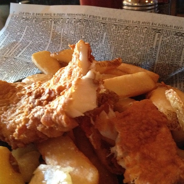 Fish and Chips @ The Olde English Pub and Pantry