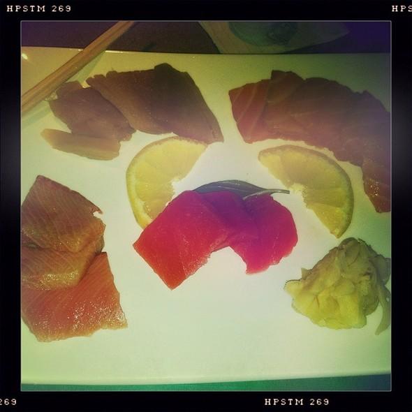 Sashimi @ Green Papaya
