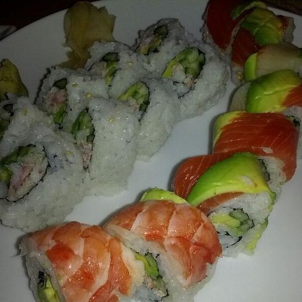 Sushi @ Syun Japanese Restaurant