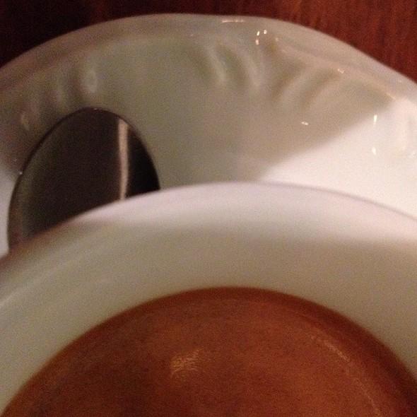 Café Espresso @ Coffee Lab - Isabela Raposeiras
