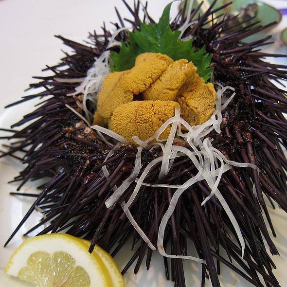 Live Uni @ Kabuto Sushi