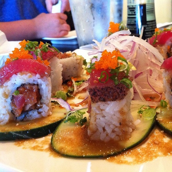 Hot Night Roll #2: Spicy Tuna, Jalepenos & Onion Inside W/ Seared Tuna Outside