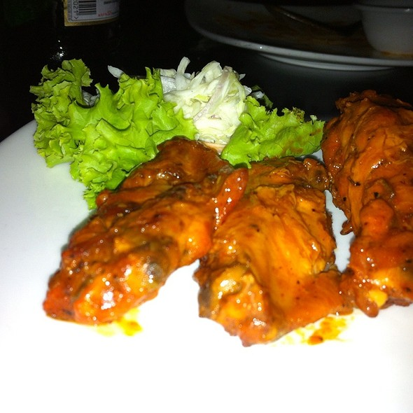 Chicken Wings @ Xtreme Sports Bar