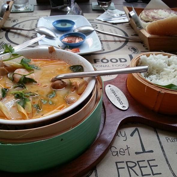 Tom Yam Kai @ Urban Food
