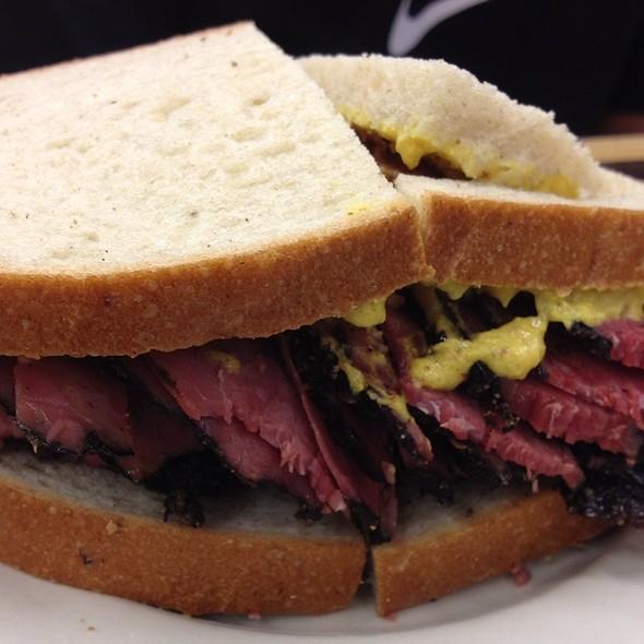 Pastrami Sandwich on Rye