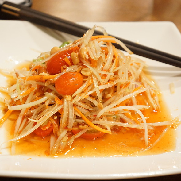 Green Papaya Salad @ Japan I LARB You