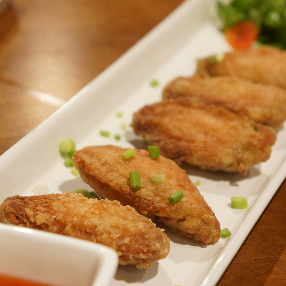 Karaage Chicken Wings @ Japan I LARB You