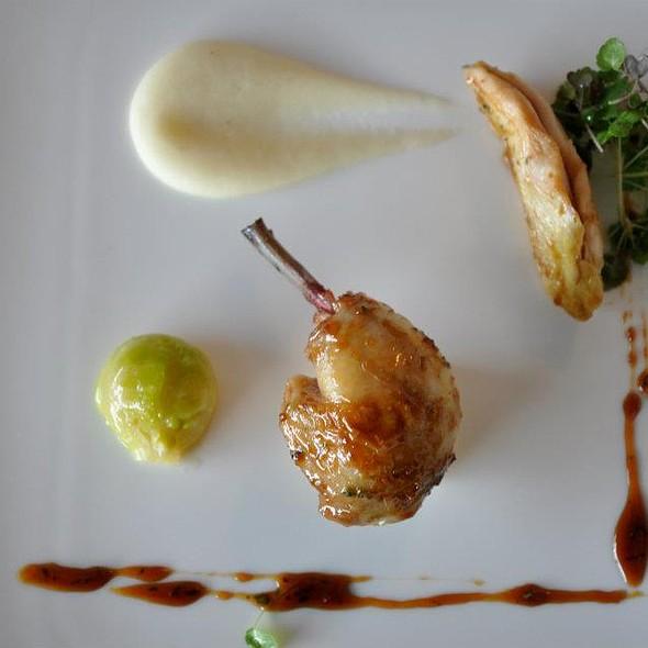 dwarf hen with teriyaki sauce, daikon puree @ Gourmet restavracija Promenada