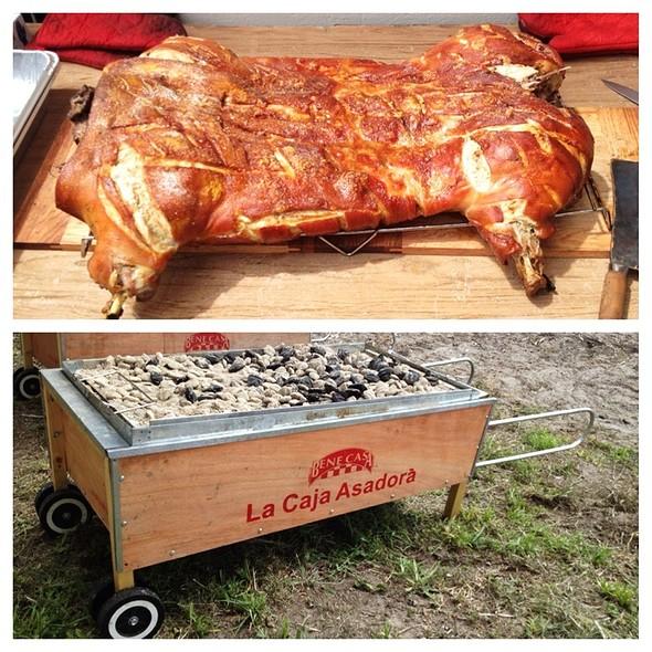 Whole Roasted Pig @ Bacon Off Orlando 2012