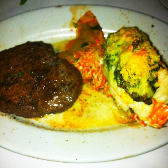 6 Oz. Filet And Lobster Tail @ Ruth's Chris Steak House (Boston)