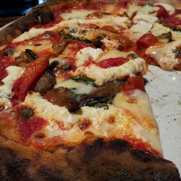 Caponata Pizza @ Pizza Brutta