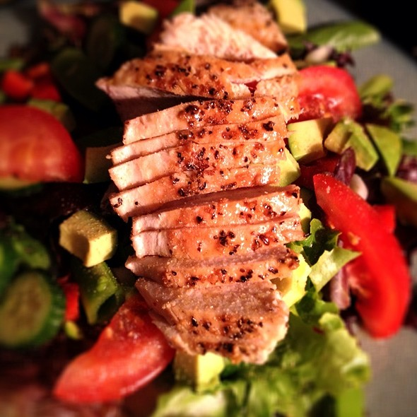 Chicken With Garden Salad @ Bythebetterhalf