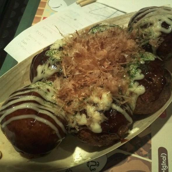 Takoyaki @ Gindaco (Thailand)
