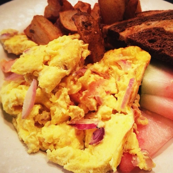 Eggs Scrambled With Lox & Onions @ Zaftigs Delicatessen