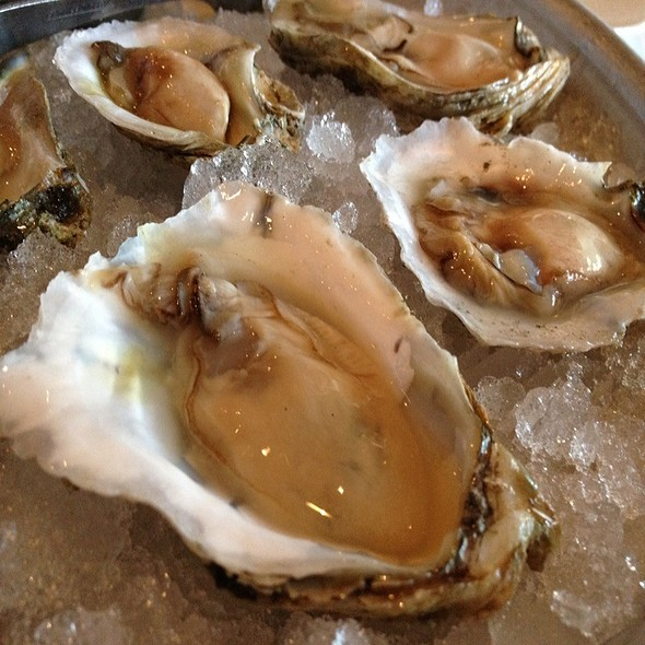 Emersum Oysters @ Jax Fish House & Oyster Bar